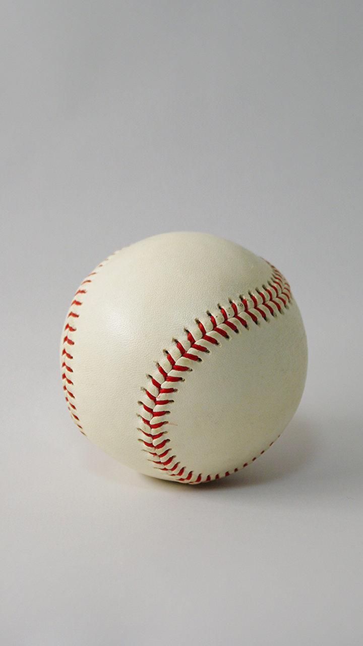 野球ボールのiphoneスマホ無料壁紙 待ち受け 4 フォトック