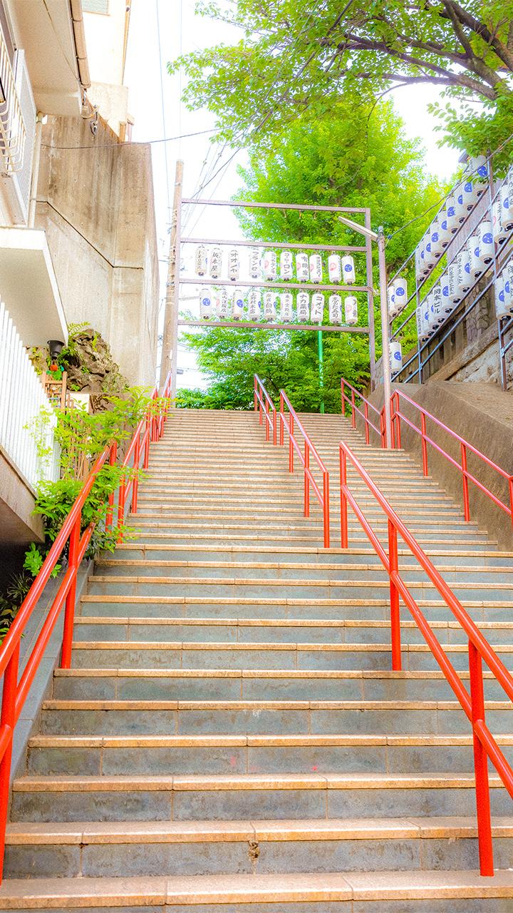 神社の階段のiphoneスマホ無料壁紙 待ち受け N38 フォトック
